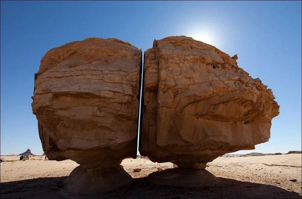صخره ۴هزارساله النسلا در واحهء تّیما عربستان