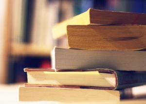 مدتی از وقت گرانبهایتان را به مطالعه اختصاص دهید