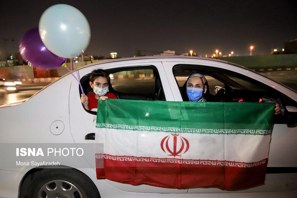 عکس/ جشن پیروزی انتخابات ریاست جمهوری در اهواز
