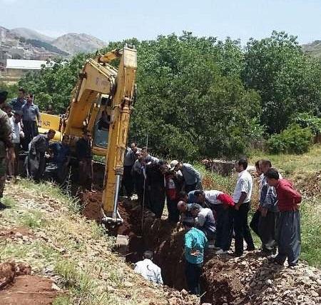 عملیات گودبرداری در شهرستان پاوه منجر به فوت ۲ کارگر جوان شد
