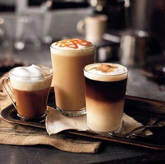 حال و هوای کافه در خانه؛ موکا درست کنید