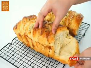 شکل متفاوتی از تهیه نان سیر