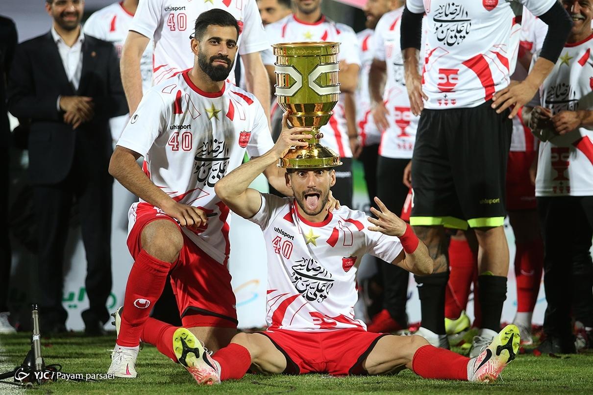 عکس/ شادی پرسپولیس با کاپ سوپرجام فوتبال ایران