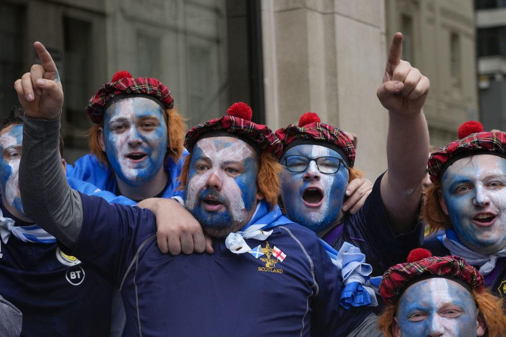 لباس های ملی طرفداران فوتبال در یورو 2020