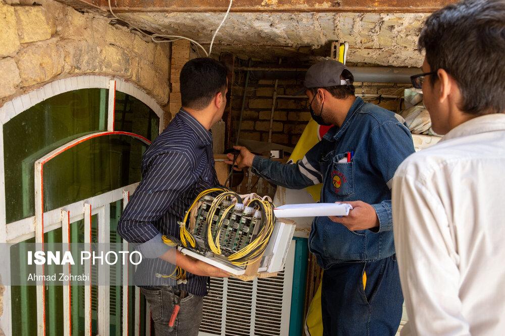 عکس/ کشف و جمع آوری دستگاه استخراج رمزارز در منازل مسکونی در قم
