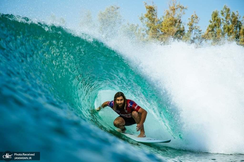 تصویری جالب از مسابقات موج سواری در لمور کالیفرنیا