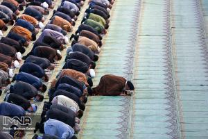 نمازهای جمعه و جماعت در زاهدان تا اطلاع بعدی تعطیل شد