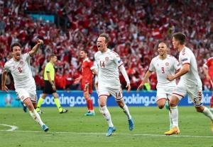 یورو ۲۰۲۰/ برتری قاطعانه دانمارک مقابل روسیه