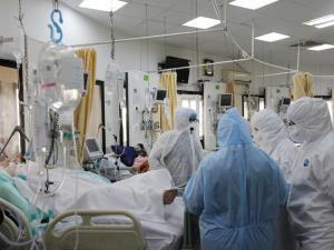 روند کاهش ابتلا و بستری بیماران کرونایی در اصفهان متوقف شده است