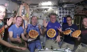 صوت/ دردسرهای آشپزی در فضا