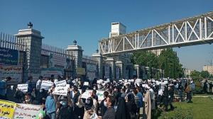 «کارنامه سبزها» و آرزوی استخدام بدون آزمون در وزارتخانه عیالوار کشور