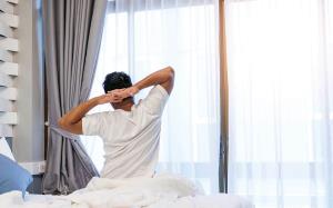 پیامدهای خوابیدن جلوی باد پنکه و کولر