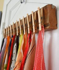 6 ایده برای نظمدادن به شال و روسریها