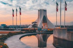 توضیحات سازمان زیباسازی تهران درباره تخریب مجسمه میدان آزادی