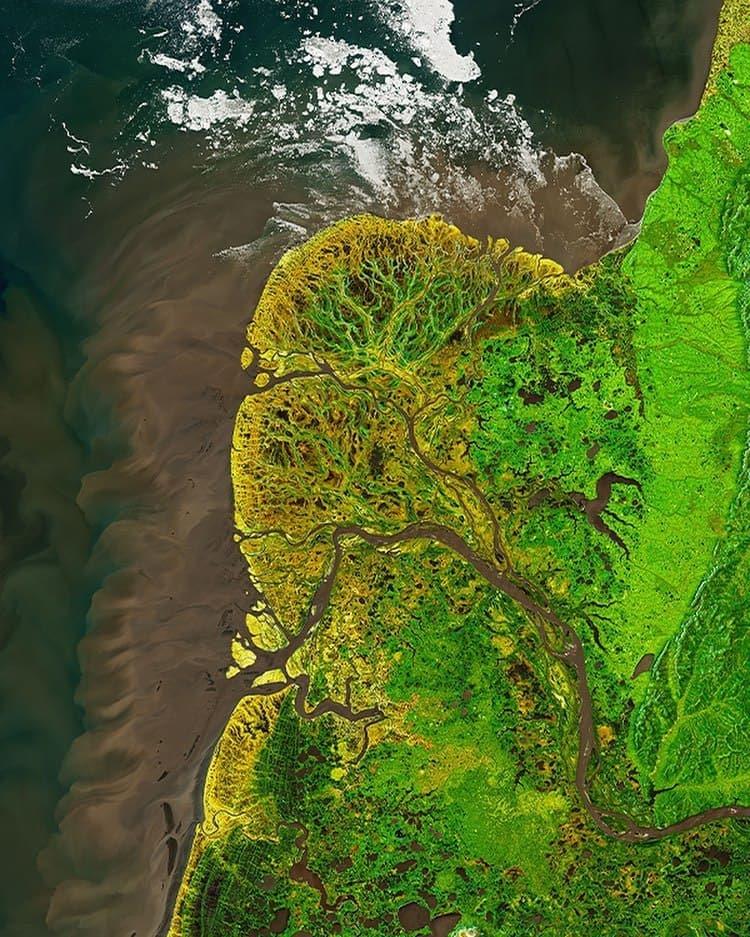 تصویر زیبای ناسا از جلگهای در قطب شمال