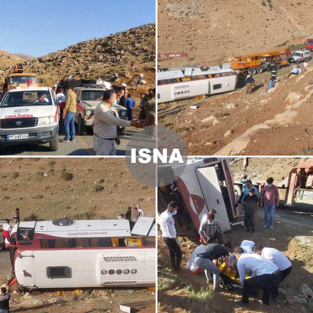 اولین تصاویر از واژگونی اتوبوس حامل خبرنگاران در آذربایجان غربی