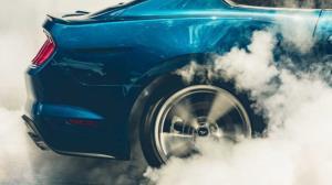 ببینید موقع تیکآف ماشینهای مسابقه چه بلایی سر چرخش میاد!