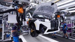 بی ام و هزینه تولید هر خودروی خود را ۲۵ درصد کاهش میدهد