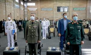 آیین اعطای «نشان شفا» به مدافعان سلامت نیروهای مسلح برگزار شد