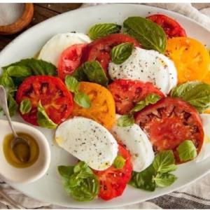 طرز تهیه «سالاد کیپرز ایتالیایی» متفاوت و خوش طعم