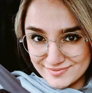 تسلیت ظریف در پی درگذشت ریحانه یاسینی خبرنگار ایرنا