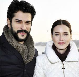 چهره ها/ عکسی از بازیگر مشهور ترکیه با پسر کوچکش