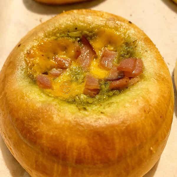 طرز تهیه نان کلاچه خوشمزه و مخصوص برای صبحانه و عصرانه