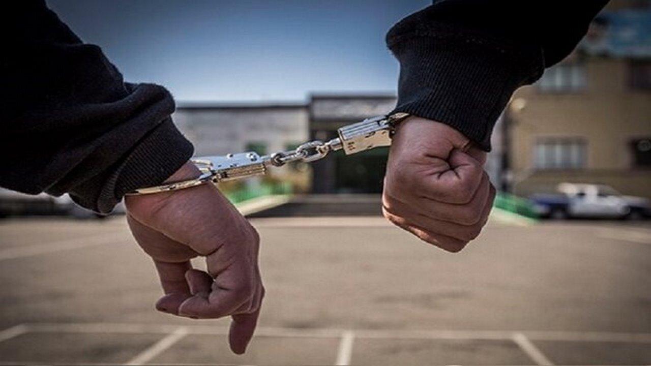 دستگیری سارقان تابلو و علائم راهنمایی در چرداول