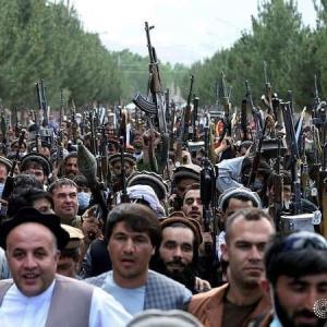 اعلام حمایت صدها فرد مسلح از نیروهای افغانستانی در مقابل طالبان