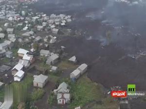 تصاویر هوایی از روستای غرق شده در گدازههای آتشفشان