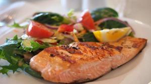 هشدار سازمان ملل: ماهی خام نخورید
