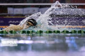 شناگران اصفهانی برای کسب سهمیه المپیک در بلغارستان مسابقه میدهند
