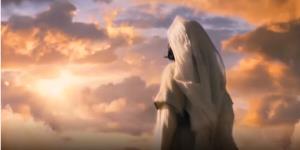 سوره اِسراء؛ هنگامی که به انسان نعمت می دهیم از حق روی برمی گرداند!