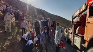 راننده اتوبوس واژگونشده خبرنگاران بازداشت شد
