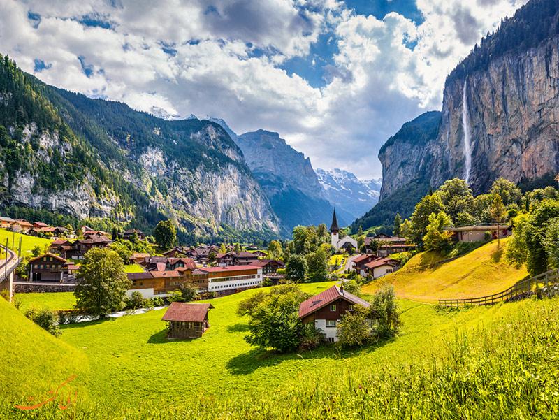 لاتر برونن، دره ای دیدنی با 72 آبشار در سوییس