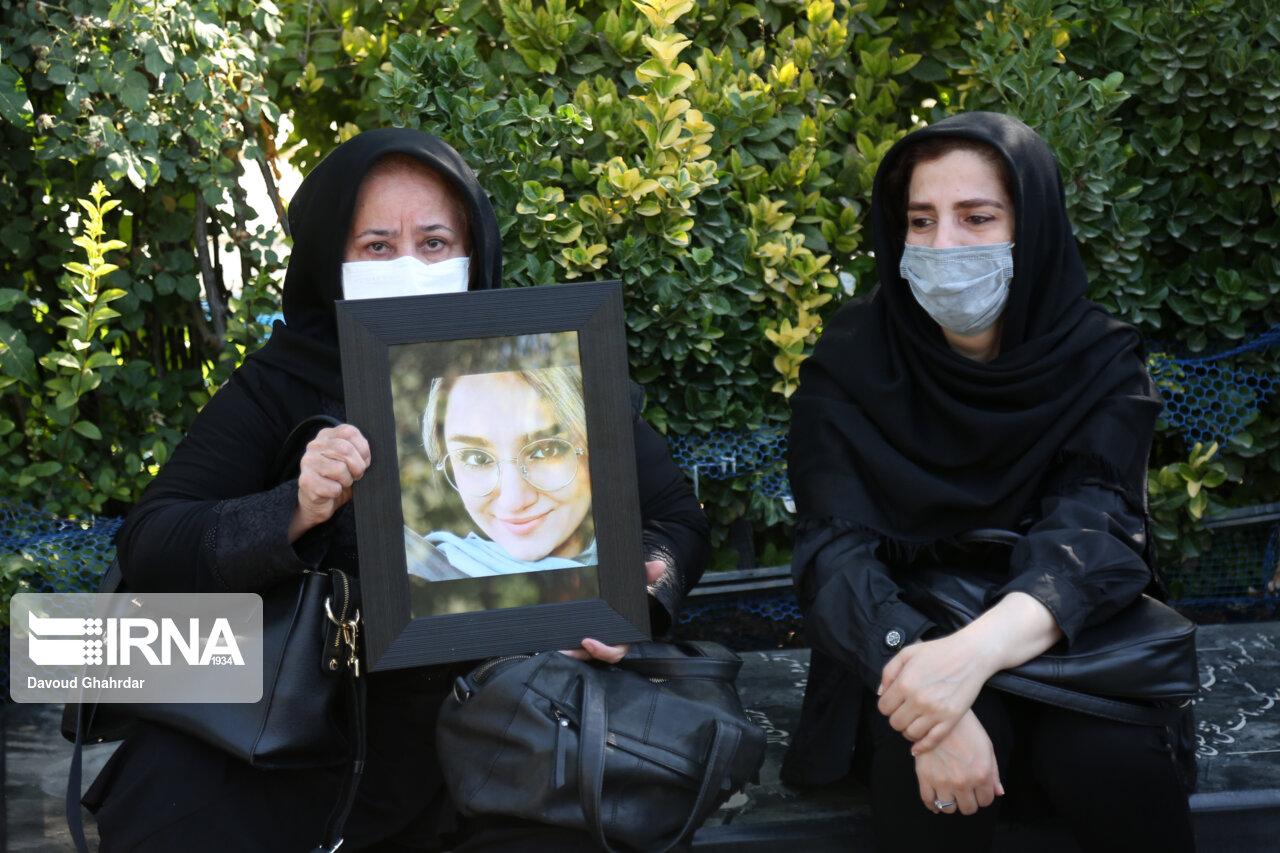 عکس/ تشییع پیکر خبرنگاران فقید ایرنا و ایسنا