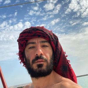 چهرهها/ نوید محمدزاده در نقش ناصر خاکزاد