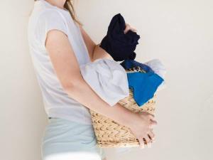 شستشو و ضد عفونی کردن صحیح لباس زیر