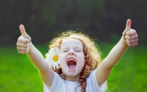 مثبت اندیشی افراطی چه تأثیری بر زندگی ما میگذارد؟