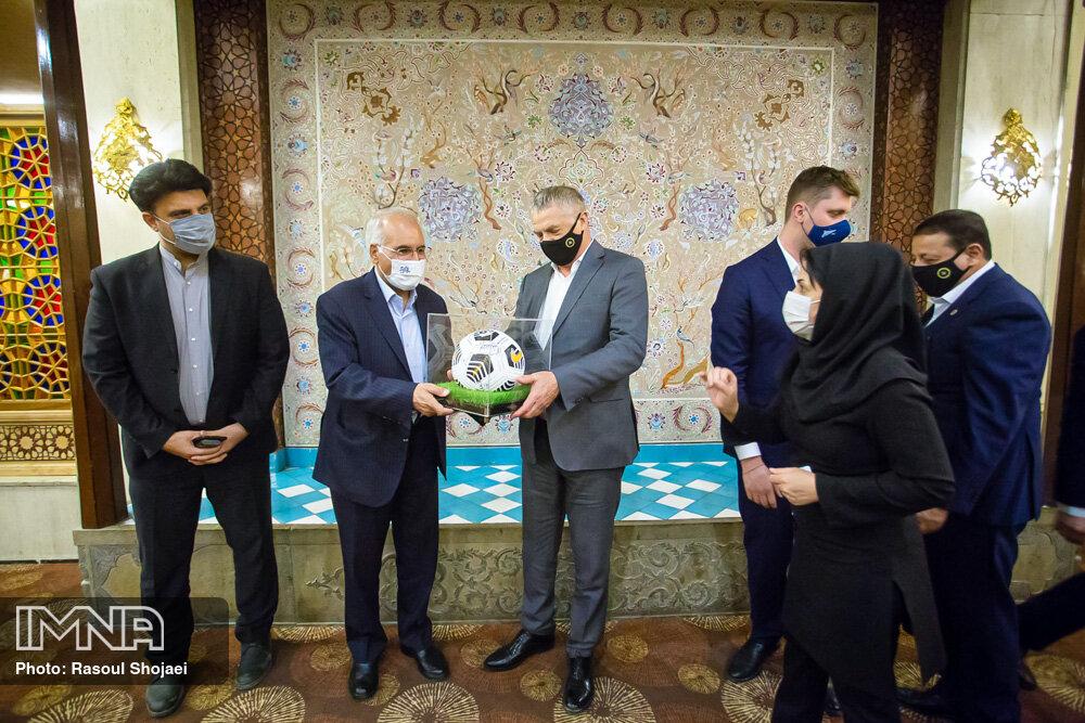ضیافت شهردار اصفهان با هیئت مدیره باشگاه زنیت سنت پترزبورگ