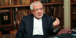 بادامچیان: غرب از سرکارآمدن دولت انقلابی عزا گرفته است