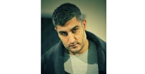 اولین حضور شهاب مظفری به عنوان بازیگر در «خانه شیشه ای»