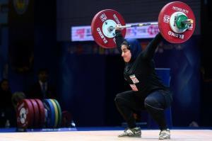 تشکیل کمیسیون پزشکی برای دختر وزنهبردار ایران