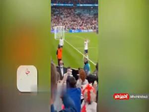 اقدام تحسین برانگیز بازیکن تیم انگلیس در دیدار مقابل دانمارک