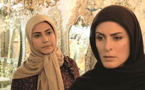 سکانس هایی از سریال زیر پای مادر با آهنگی از علی زندوکیلی