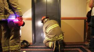 ۴۰ عملیات امداد و نجات برای محبوسشدگان در آسانسور