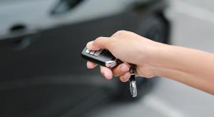 آیا کلید فاب، باتری خودرو را خالی می کند؟