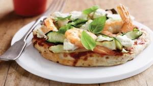 پیتزا سالمون و میگو؛ پیشنهادی ویژه برای طرفداران غذاهای دریایی