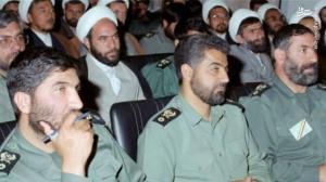 گریه و بی تابی حاج قاسم در فراق شهید «حاج احمد کاظمی»