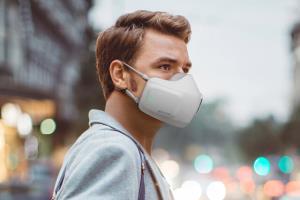 پیشگیری از کووید-۱۹ با ماسک مجهز به میکروفون و اسپیکر شرکت